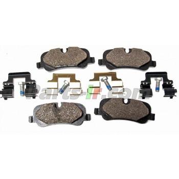 Задние тормозные колодки LR055455