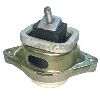Опора двигателя M62 правая KKB000280