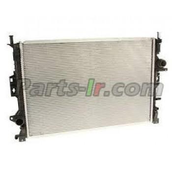 Радиатор системы охлаждения LR039530