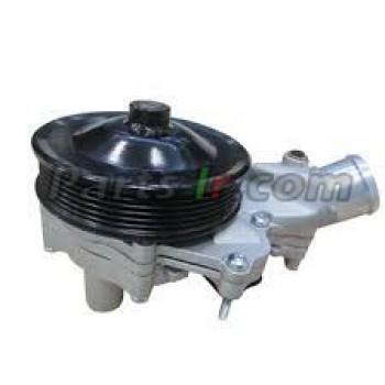 Помпа системы охлаждения LR055239